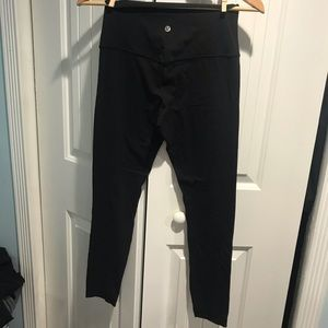 Lululemon black pant leggings size 4